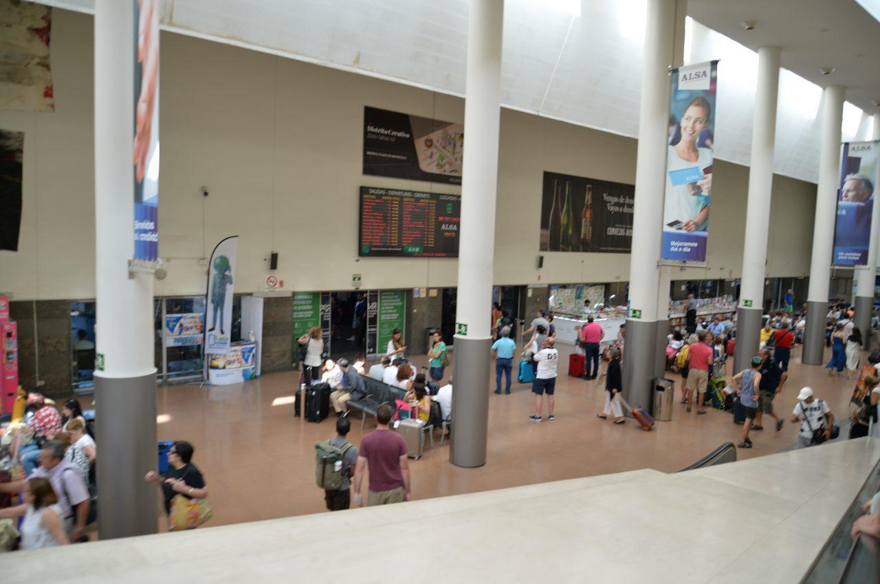 グラナダのバスターミナル-IMG_0164