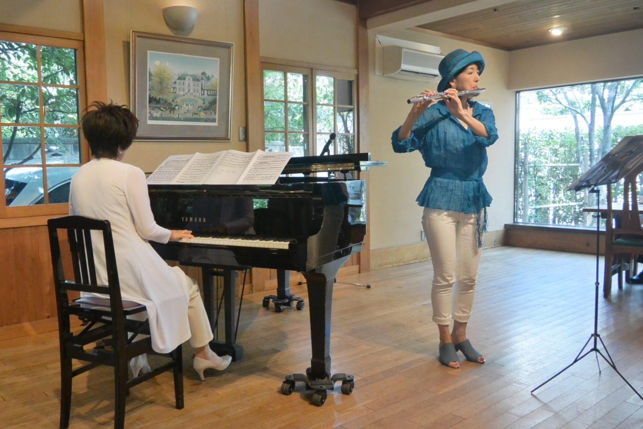 若菜さんと律子さん「すいぎょく」のランチコンサート