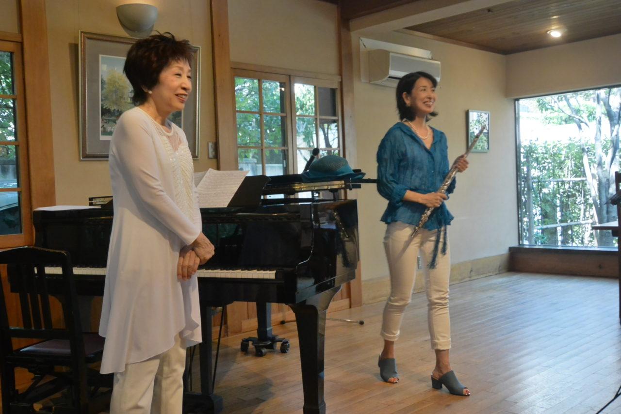 「すいぎょく」のランチコンサートで若菜さんと律子さん