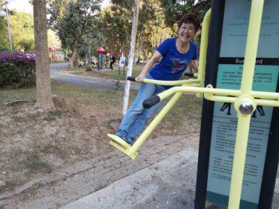 ランナーラーマ9世公園内の運動器具-2