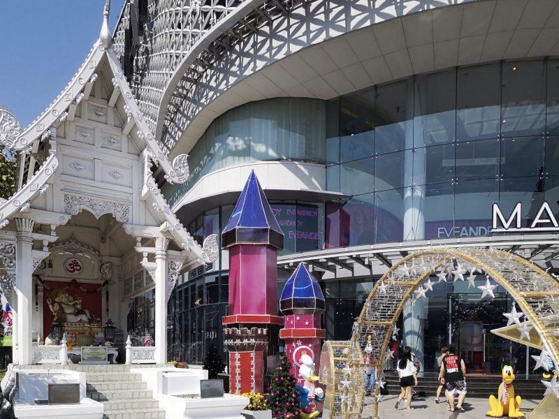 MAYAショッピングセンターのガネーシャ像